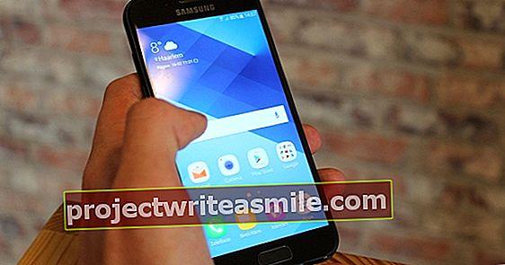 Samsung Galaxy A3 (2017) - Zaplaťte za meno